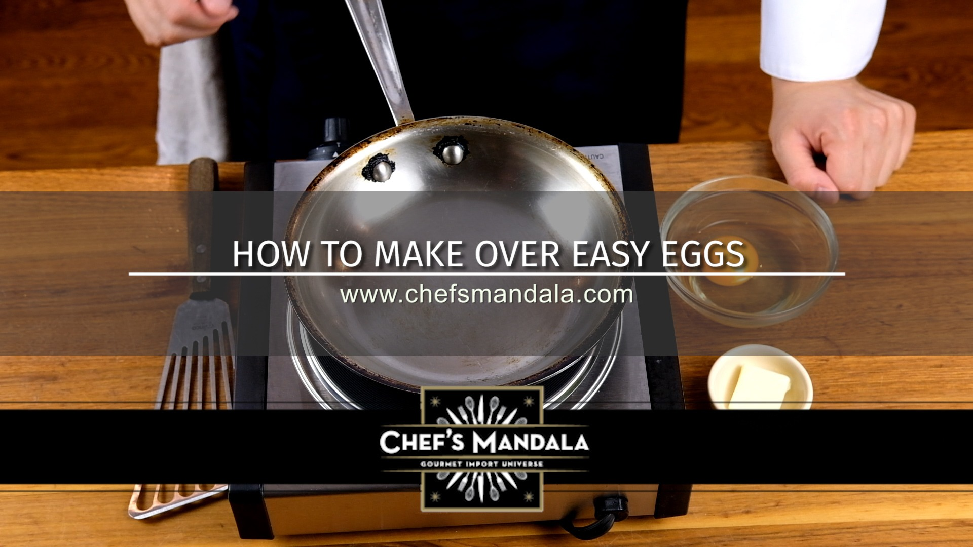 HOW TO MAKE EGGS OVER EASY