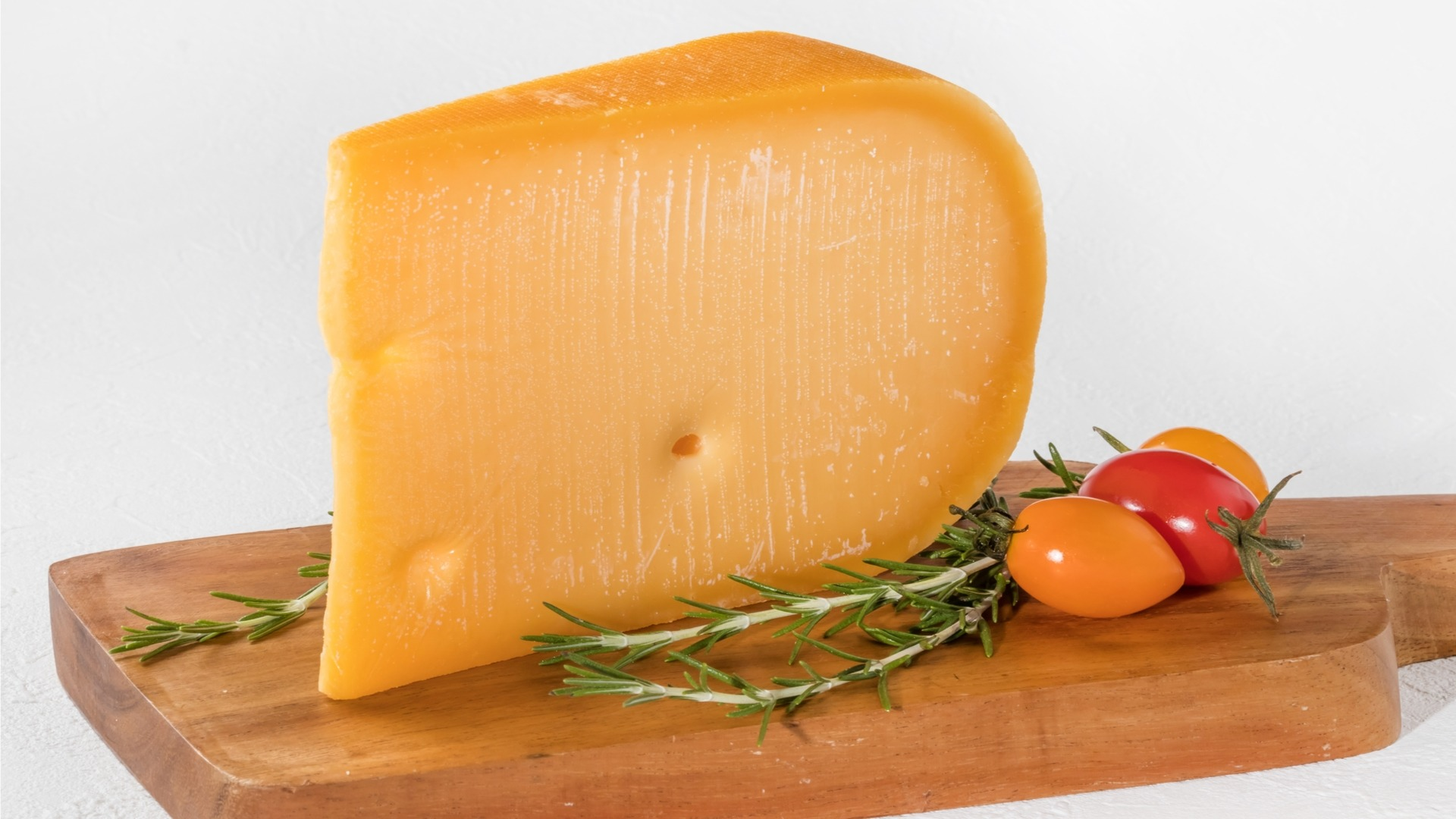 gouda, dutch cheese, aged