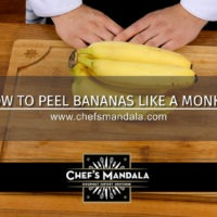 HOW TO PEEL BANANAS LIKE A MONKEY