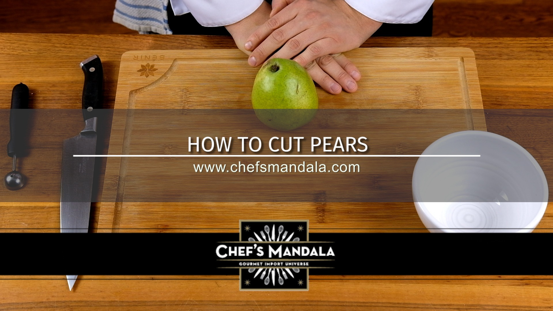 HOW TO CUT PEARS