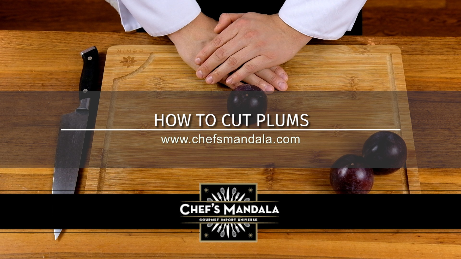 HOW TO CUT PLUMS