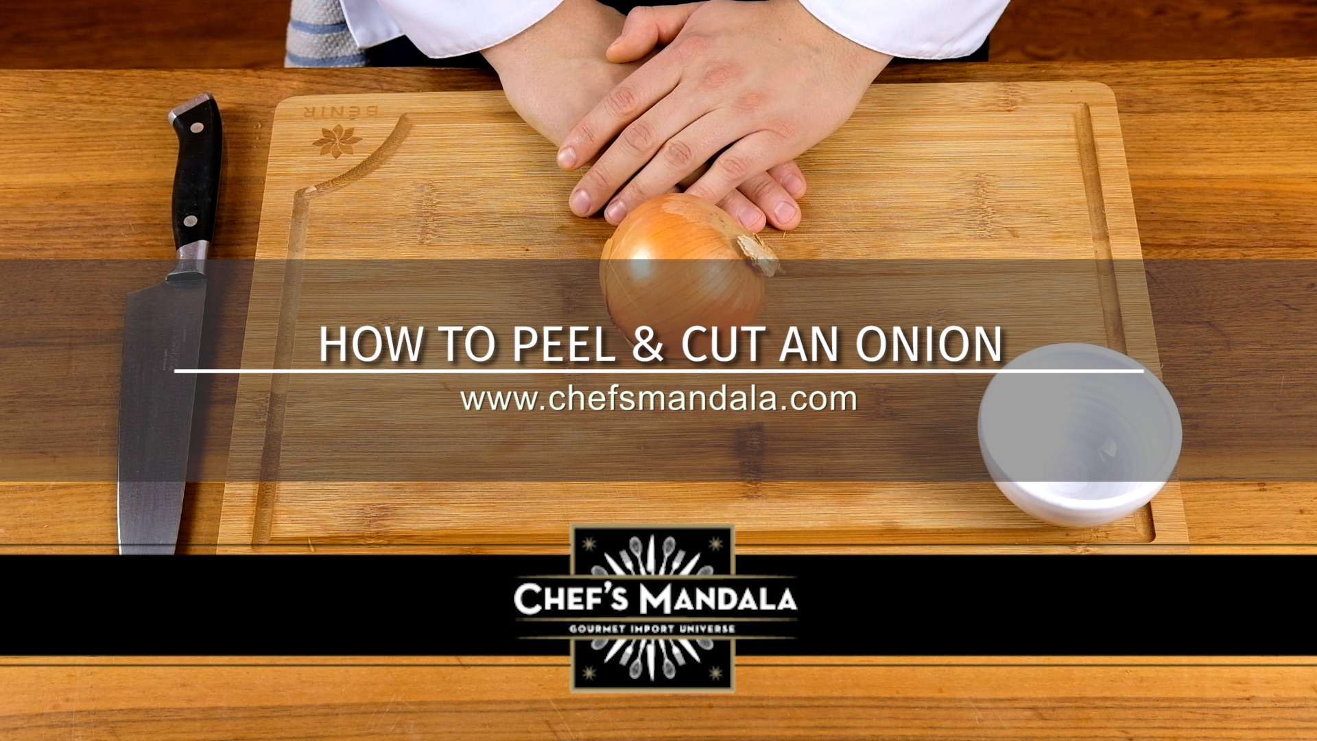 HOW TO CUT PEEL & CUT AN ONION