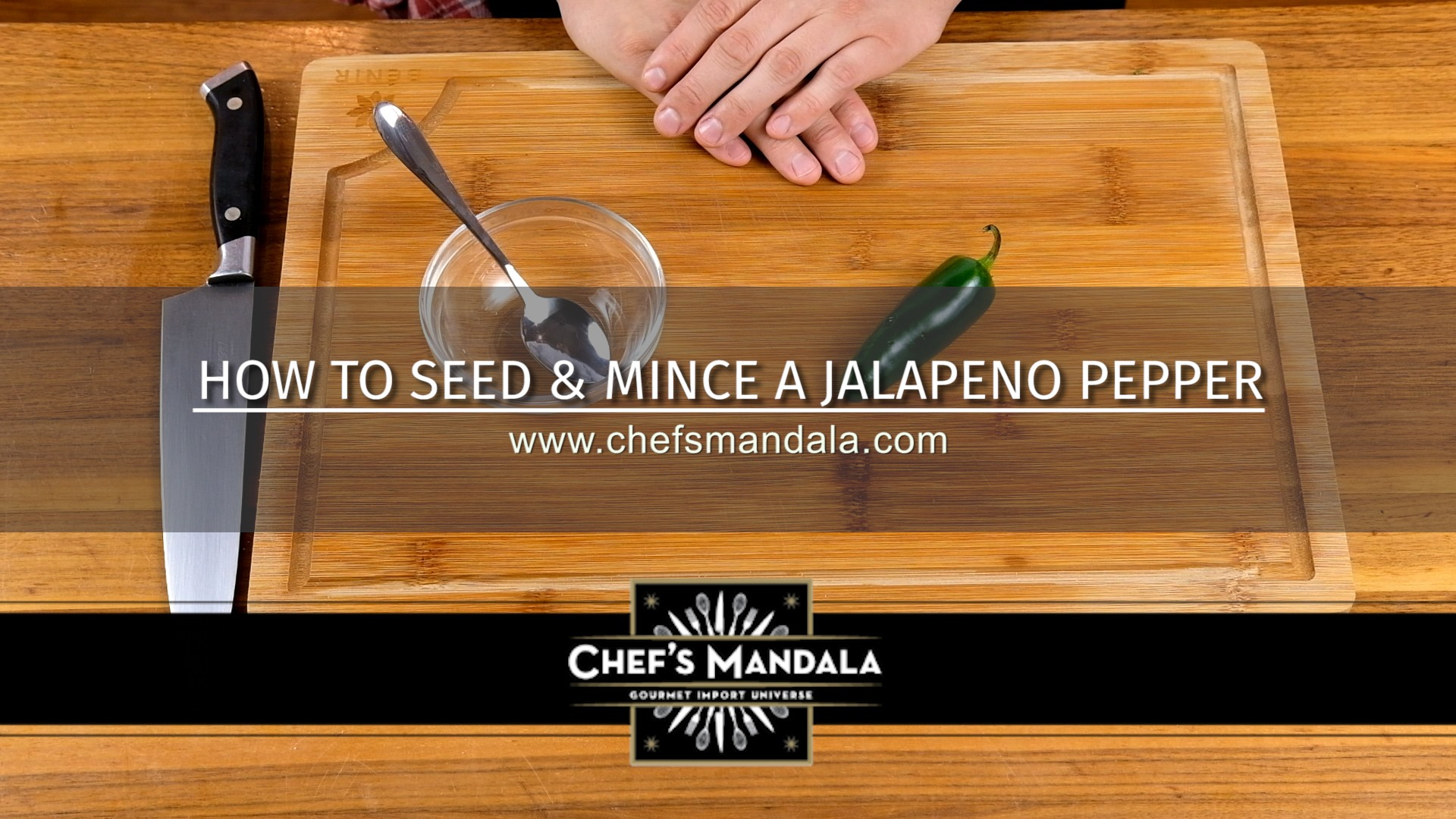 HOW TO SEED & MINCE A JALAPENO PEPPER